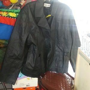 Bagatelle leather jacket means XL